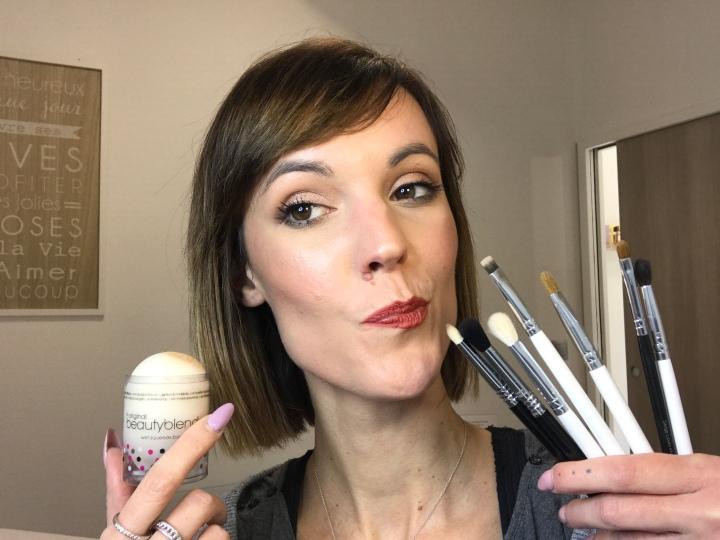 Vos essentiels pinceaux maquillage à avoir dans sa salle de bain ou trousse à maquillage!